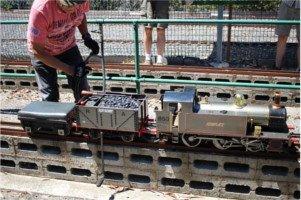 超クールなじいさん達の、超クールなミニ機関車に乗ってきた